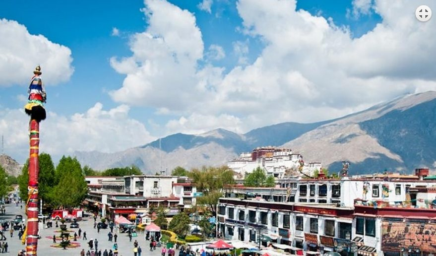 Popular Tour of Tibet | Barkhor Bazaar.