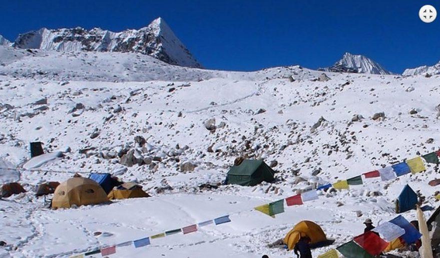 Baruntse Base Camp 5300m