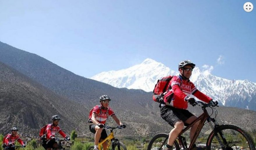 En-route of Mount Kailash Biking Tour.