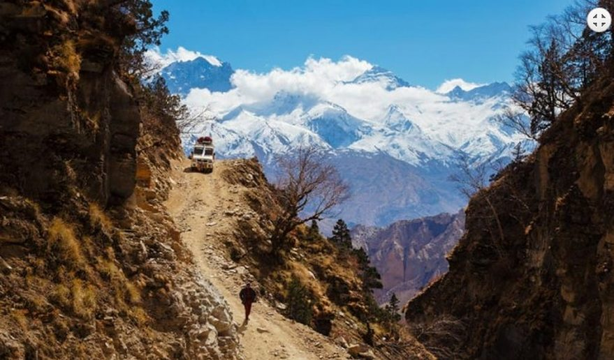 Mustang Helicopter Tour | Jeep Trail - during Mustang Trekking.