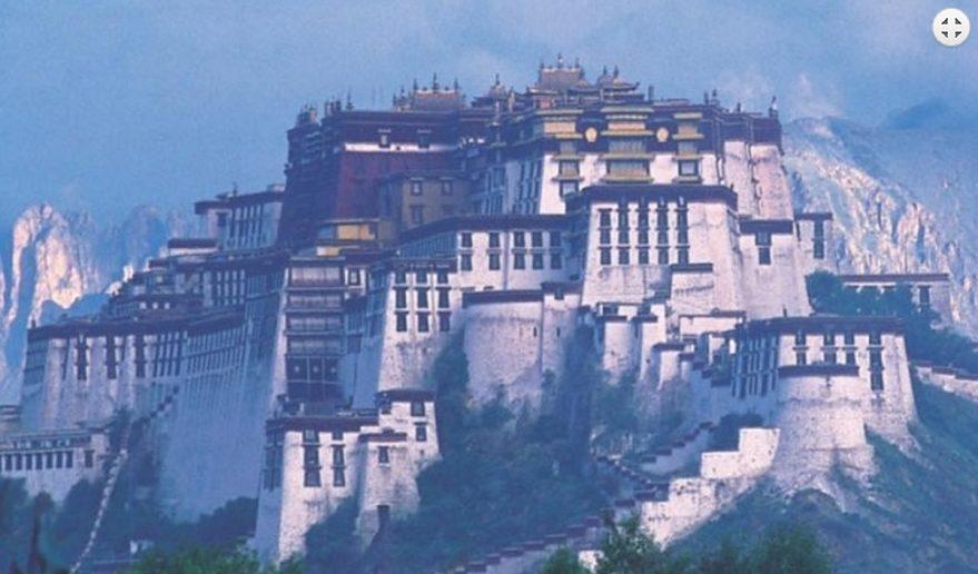 Landmark of Tibet. Potala Place sightseeing.