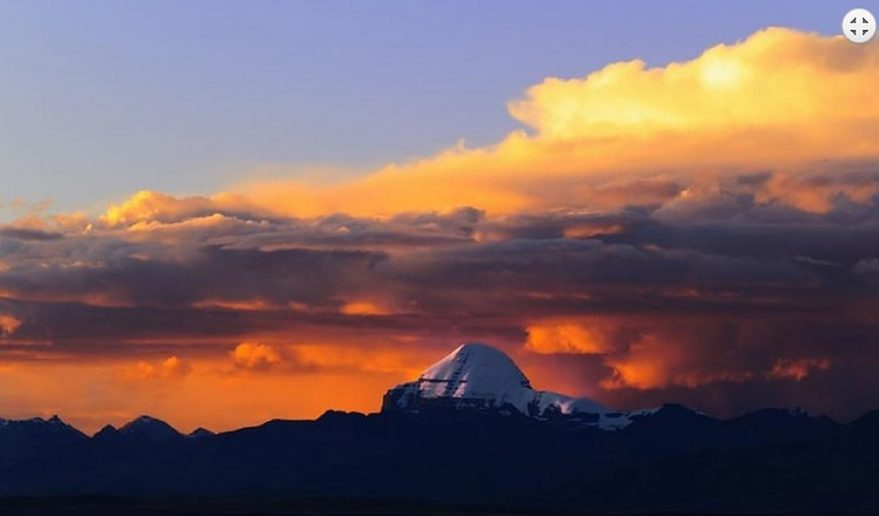 Mt. Kailash and Guge Kingdom Tour | Mansarovar Lake.