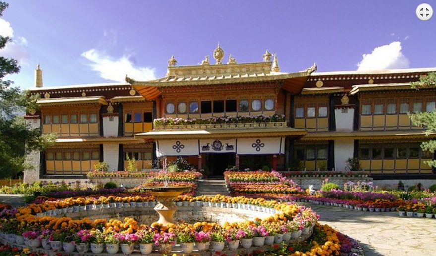 Popular Tour of Tibet | Norbulingka Summer Palace Lhasa.