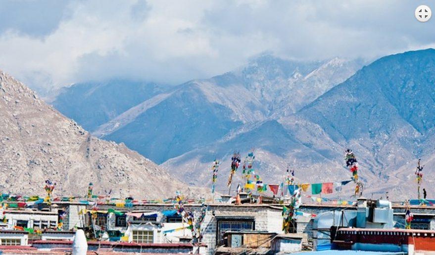 Picture at Shegar - During Kathmandu Lhasa Tour.