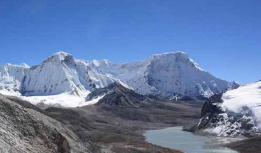 Makalu Sherpani Col [6180m/20270ft]