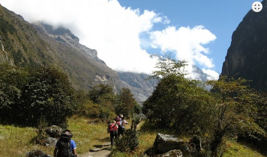 Thamang Heritage Trail with Langtang Valley