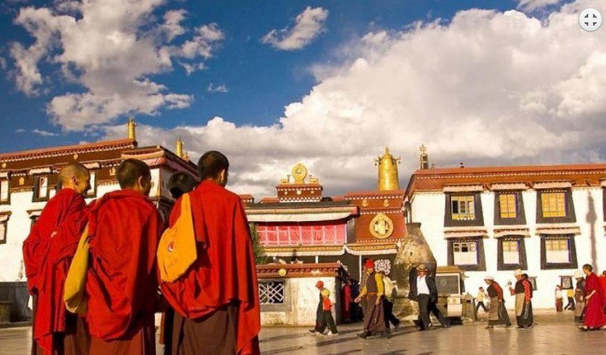 Popular Tour of Tibet | Tibetan monks at Monastery.