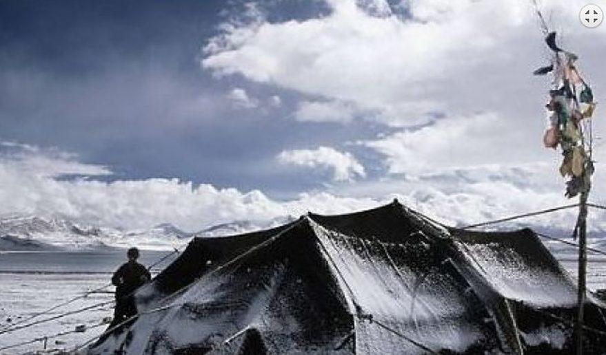 Tingri, tibet.