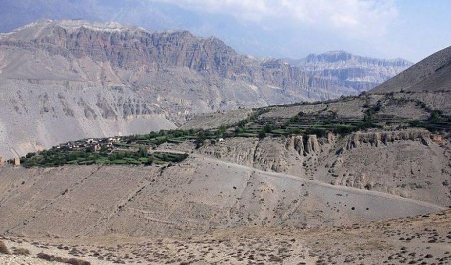Lower Mustang Trek   Trail mustang