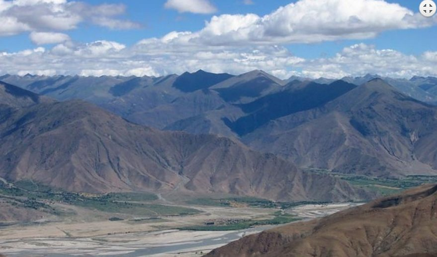 Tsangpo Valley Enroute of Tibet Kharta Valley Trekking trail.