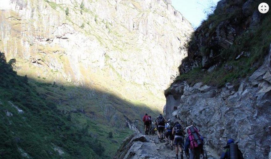 Annapurna Circuit Mountain Biking   Trail near Dhukur pokhari.